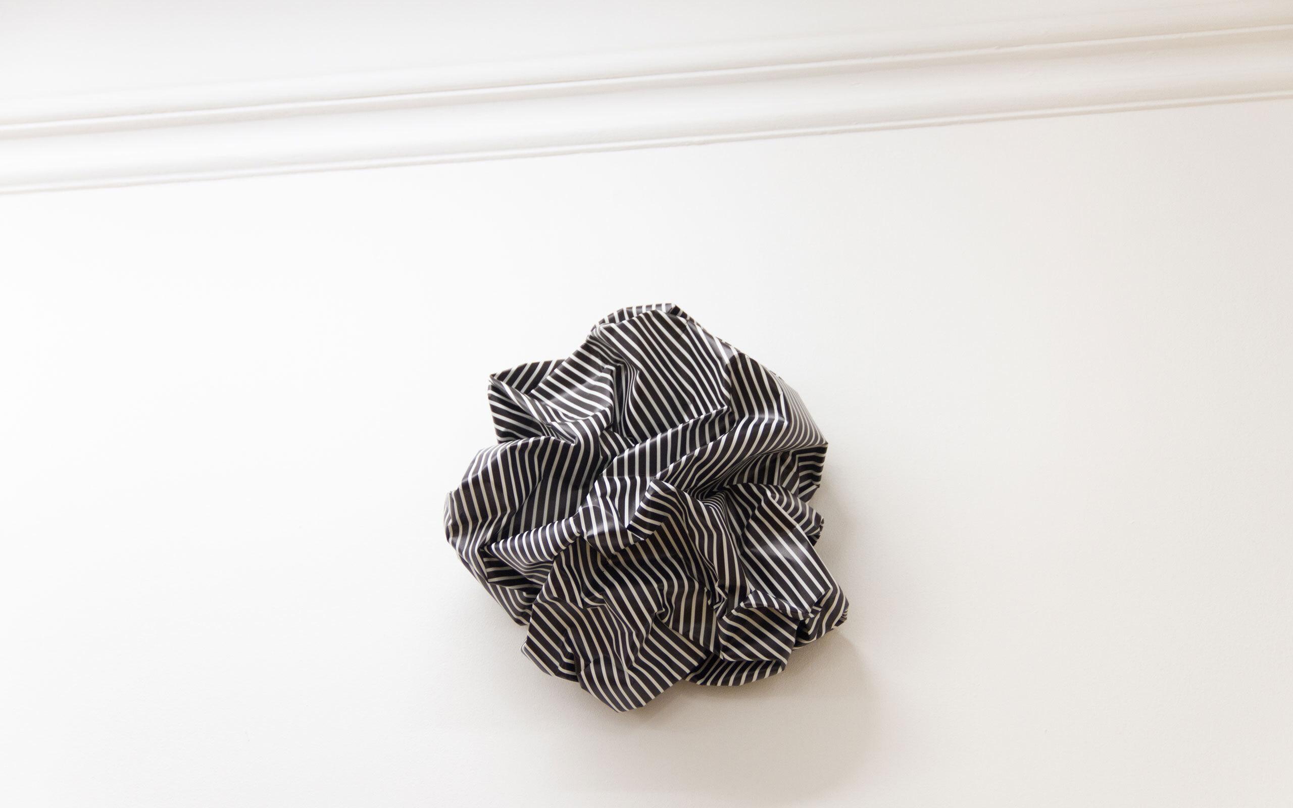 06 esther stocker knitterskulpturen c Collectors Agenda