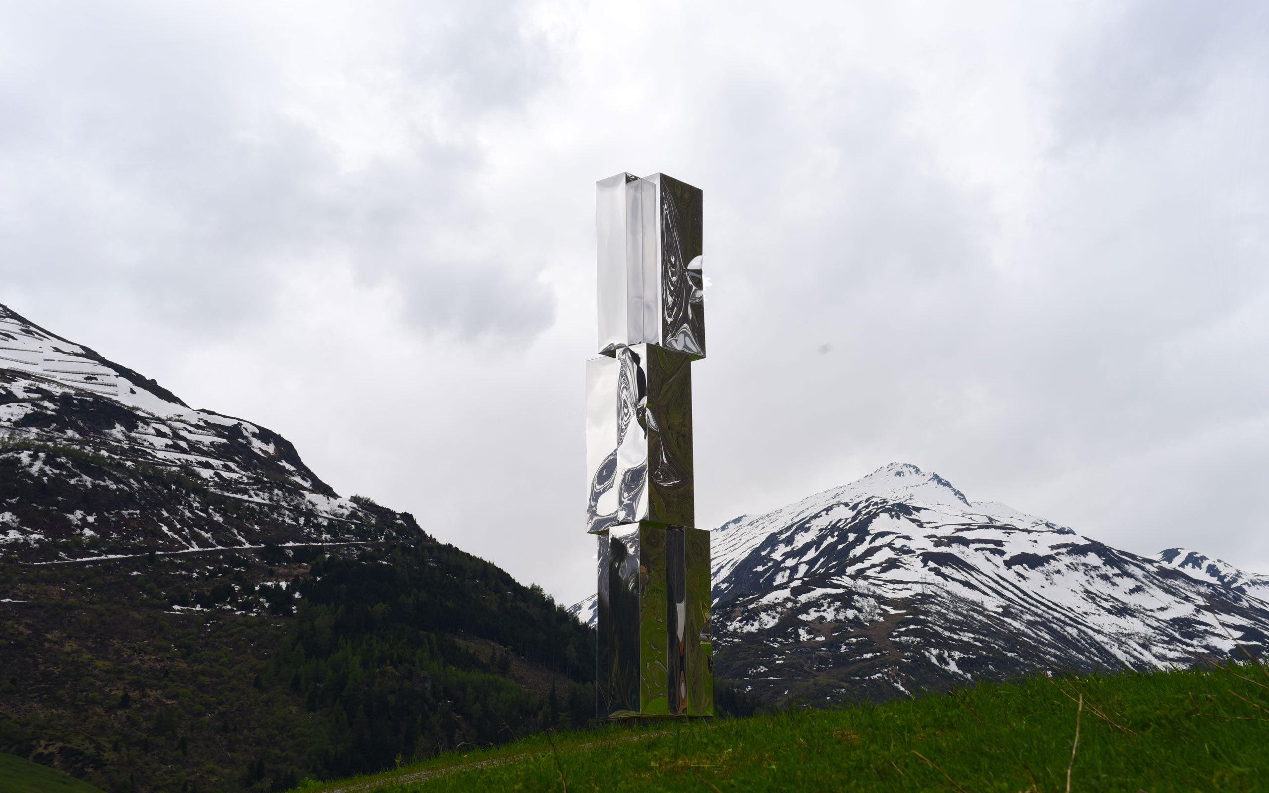 Werk Lori Hersberger Web Totem Dl Reussen Dsc 1635
